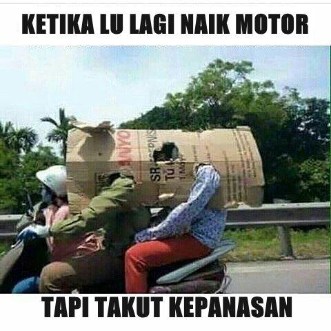 Nah kalau kamu lagi ketakutan kepanasan pas naik motor, kalau ada kardus bekas bisa kamu manfaatin jadi kaya gini.