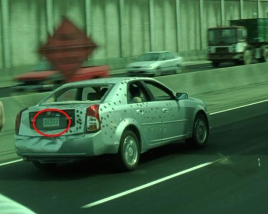 Nyadar ga Pulsker? Ternyata di film The Matrix Reloaded semua plat mobil mengacu pada alkitab!