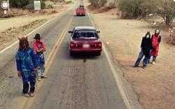 10 Tingkah Orang- Orang Aneh Ini Terekam Google Street View..Kok Bisa