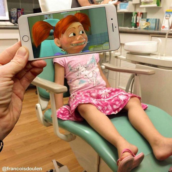 Masih ingat dengan Darla, gadis kecil berkawat gigi dalam Film Finding Nemo yang iseng banget. Ternyata ini lho saat dirinya menjadi nyata.