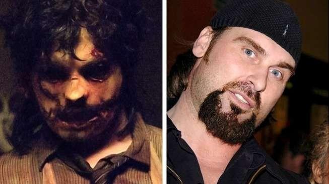 "Siapa yang tak kenal dengan sosok menyeramkan Leatherface dalam film ""The Texas Chainsaw Massacre: The Beginning"" yang rilis pada 2016 lalu. Ternyata dibalik wajah seramnya ada aktor Andrew Bryniarski yang memerankannya pulsker."