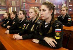 Bagaimana Kehidupan Para Kadet Wanita di Akademi Angkatan Laut Rusia yang Cantik-Cantik Ini? Yuk Simak !