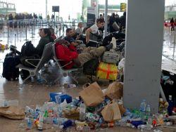 Menyedihkan, Ini 7 Potret Saat Bandara Barcelona El-Prat Petugas Kebersihannya Mogok Kerja