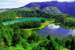 13 Danau Indah di Atas Gunung yang Ada di Indonesia Ini Wajib Masuk List Liburan Kamu Nih, Mana Saja Ya?