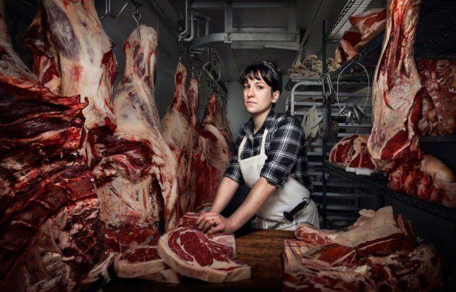 Lewat Heather Marold Thomason jagal dan pemilik usaha yang jadi pemasok utama daging di Philadelphia, Pennsylvania, Crisman mendapat ide dokumentasi ini.