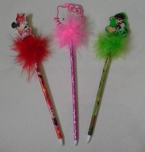 Biasanya anak cewek pasti punya pensil bulu-bulu kayak gini. Elegan banget dulu kalau megang pensil ini bak princess.