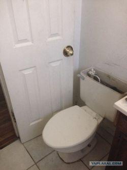 7 Desain WC yang Parah Banget Bikin Kita Gak Jadi Kebelet, Gini Amat Yak?