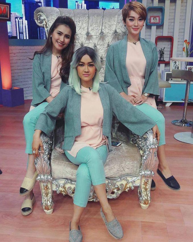 Grup Trio Cecepi awalnya terbentuk sejak mereka bertiga bekerja sama dalam acara KDI 2015. Ketiga pedangdut cantik ini juga kerap tampil di berbagai ajang penghargaan dan acara musik.