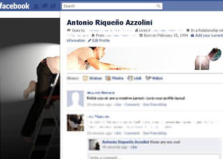 Profil Facebook lainnya yang patut diacungi jempol akun ini nih pulsker. Dengan tema seolah dia menemukan harta karun di atas lemari.
