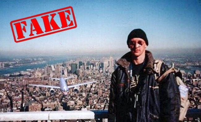 Banyak juga lho yang percaya foto pria diatas gedung menjelang persitiwa 11 September 2001 di gedung WTC ini asli. Masa iya orang-orang ini nggak denger kalau ada pesawat sedekat itu. Justru seharusnya panik, lha ini malah santai tuh. Kameranya kok bisa utuh juga ya pulsker?. Itulah yang menjadi pertanyaan selama ini. Dan terbukti, foto tersebut cuma isapan jempol aja. Karena pria tersebut telah ditemukan dan masih hidup. Itu dia pulsker, beberapa foto terkenal yang sering kita lihat dan ternyata palsu alias hoax. Gimana, masih percaya juga kalau asli?.