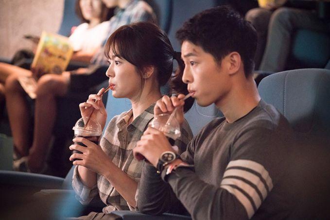 Walaupun Song Joong Ki lebih muda, tapi akting mereka berdua tidak pernah canggung.