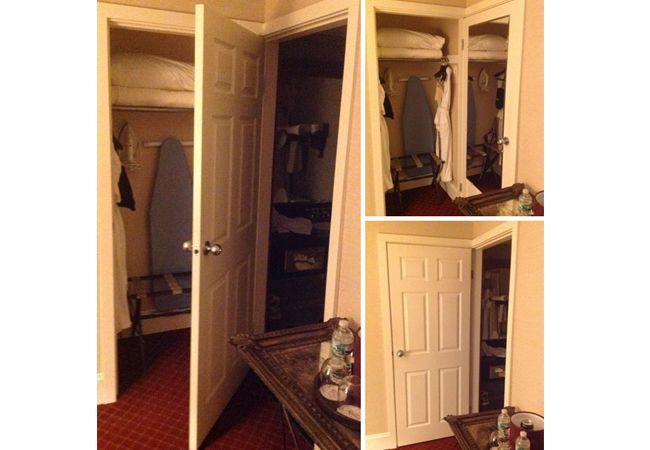 Dua ruangan yang memiliki satu pintu. Mana yang harus ditutup ya?