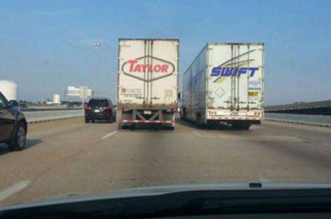 Taylor Swift?? Kebetulan yang luar biasa.