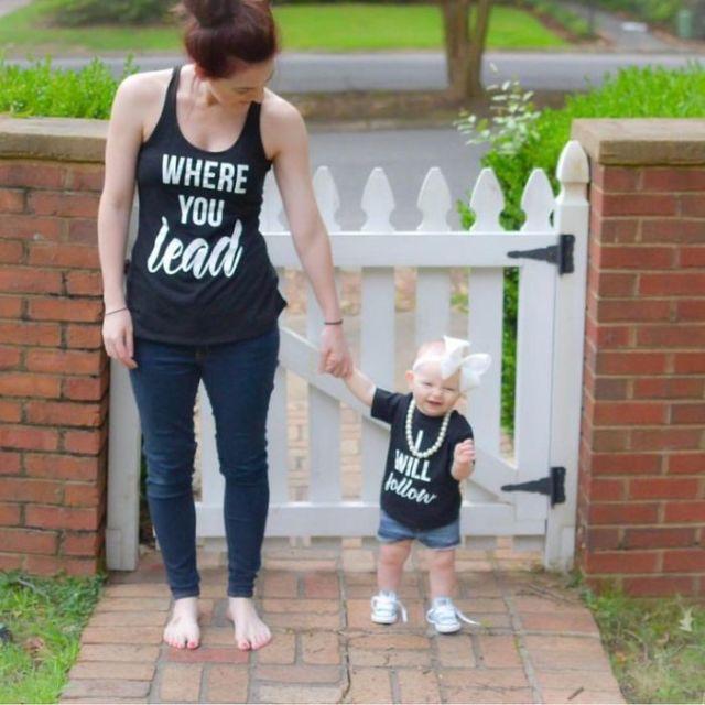 Bagi anak gadis, ibu adalah role model yang gayanya selalu menjadi panutan.