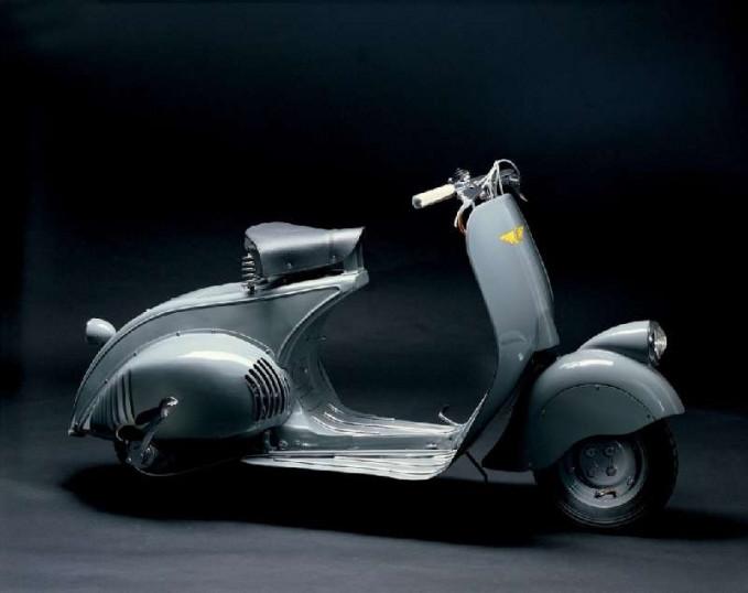Tiga tahun kemudian muncul Vespa jenis MP 6 Prototype Pulsker. Inilah yang kemudian dianggap sebagai awal mula pelopor skuter antik di dunia.