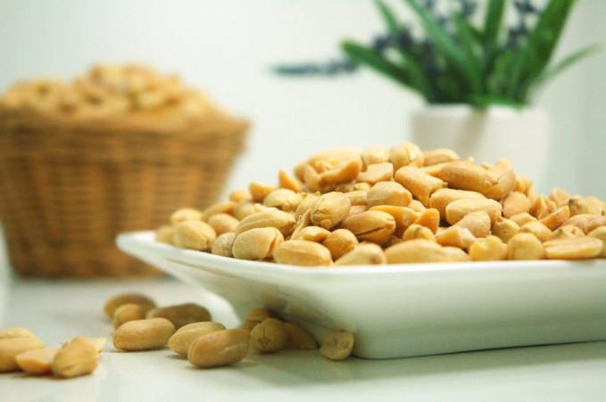 Kacang-kacangan Ternyata kacang-kacangan mengandung serat yang dibutuhkan tubuh agar pencernaan lancar setiap harinya.