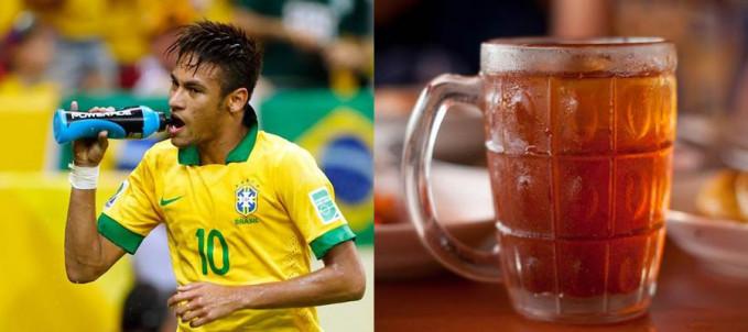 Gaji Neymar per menit dapet beli es teh sebanyak 333 buah. Ckckckc, kalo beli teh dalam gel*s dapat berapa ya kira-kira???