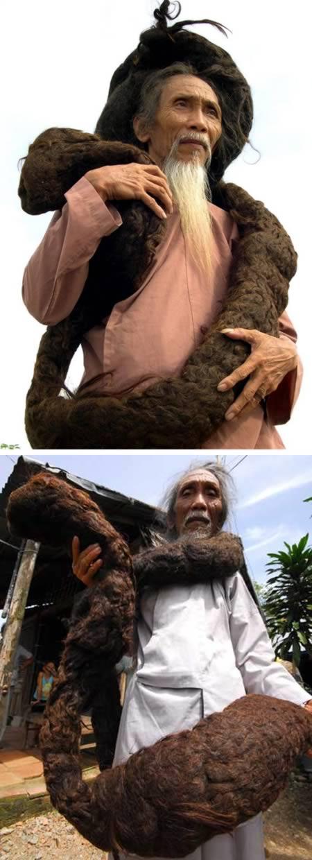 Nggak cuma para wanita aja lho Pulsker yang bisa manjangin rambut. Pria gimbal dreadlock bernama Tran Van Hay ini rambutnya memiliki panjang 6.8 meter lho. Sayang, pria lanjut usia ini meninggal pada 2010 lalu. Menurut sang istri, Tran Van Hay memanjangkan rambutnya selama 50 tahun, dan kalau dipotong rambutnya dia ngerasa sakit katanya Pulsker.