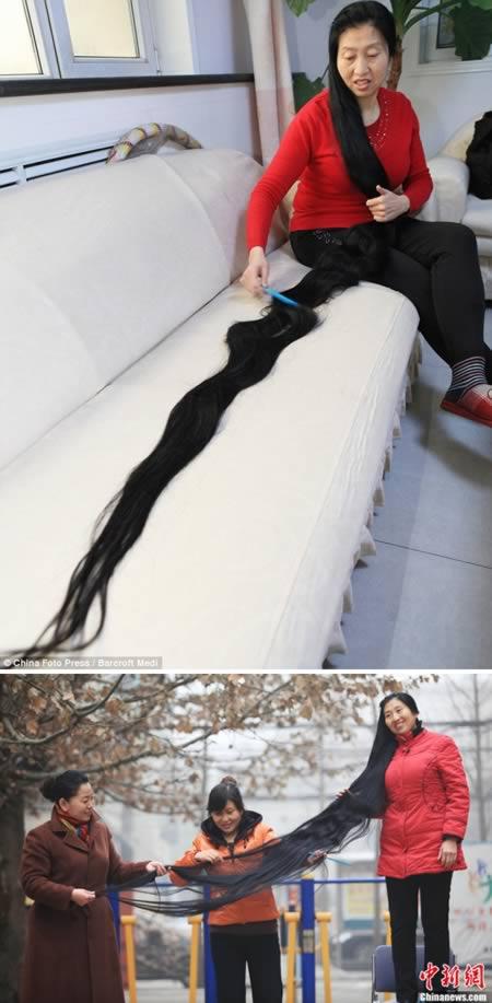 Seorang ibu dua orang anak di Taiyuan, China pun nggak ketinggalan punya rambut ala Rapunzel. Wanita bernama Ni Linmei tersebut mengaku nggak pernah memotong rambutnya selama 14 tahun. Nyisirnya aja sampai dua orang tuh. Nah, itu dia Pulsker para Rapunzel yang ada di dunia nyata. Tertarik buat manjangin rambut kayak mereka juga?.
