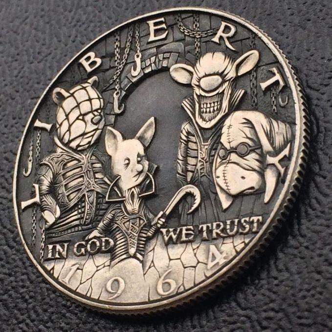Dalam koin ini sosok karakter dalam kartun Winnie the Pooh nampak lebih seram dan beda banget dari yang sebenarnya.