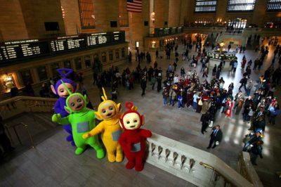 Hari Teletubbies Di New York, pada tanggal 28 Maret setiap tahunnya menjadi perayaan Hari Teletubbies. Pada tahun 2007, walikota Bloomberg mendeklarasikan pada tanggal 28 Maret sebagai hari Teletubbies.