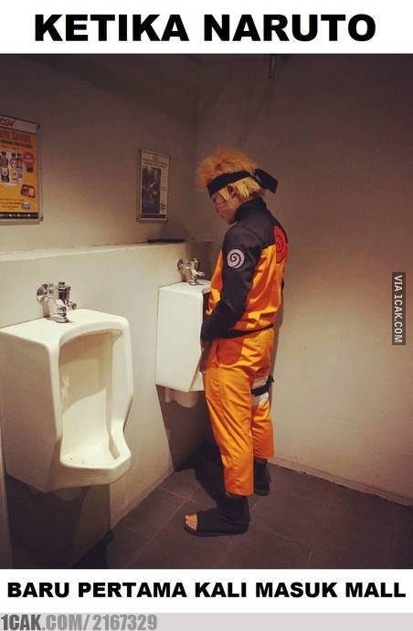 Ya, daripada nanti pas udah di dalam mall kebelet terus tiba-tiba nggak nemu toilet kan bisa kacau. Masa mau ngompol?.