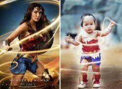 Pose Lucu dan Menggemaskan Balita Mengenakan Kostum Wonder Woman
