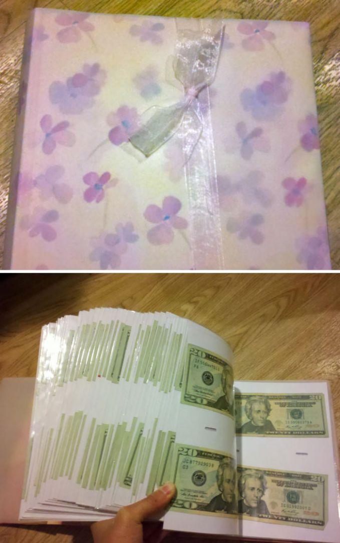 Neneknya memberikan hadiah kelulusan berupa album foto, dan coba lihat isinya!!