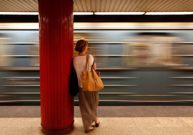 Hungaria Kereta adalah transportasi utama yang dipilih di Hungaria.