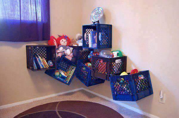 Terakhir bisa dibuat untuk tempat menyimpan boneka anak-anak deh. Mudah bukan Pulsker, cara membuatnya?. Yuk, bikin dan pasang dirumah kita biar makin indah.