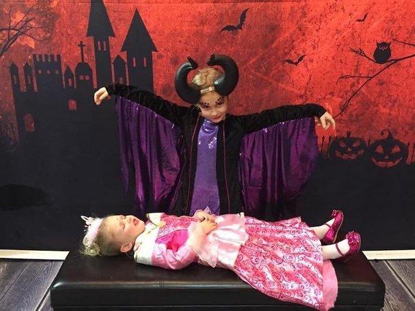 Maleficent dan putri tidur. Cantik dan lucu ya?!
