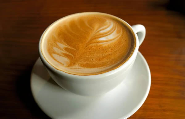 Kopi tanpa kafein Jika sebelumnya ada kopi yang mematikan. Berikut ini adalah kopi tanpa kafein yang ada di Eropa. Jadi orang bebas meminum kopi tanpa takut bahaya kafein.