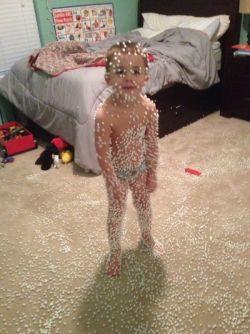 Deretan Foto yang Membuktikan Kalau Anak Kecil Itu Makhluk Lucu