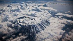 9 Foto Menakjubkan yang Diambil dari Jendela Pesawat