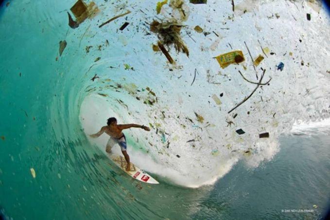 Bahkan sekarang sepertinya di beberapa pantai para peselancar mulai terganggu dengan sampah diantara gulungan ombak.