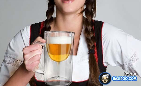 Coba apa bentuk gelas yang sebenarnya Pulsker?. Gelas kecil apa gelas besar nih?.