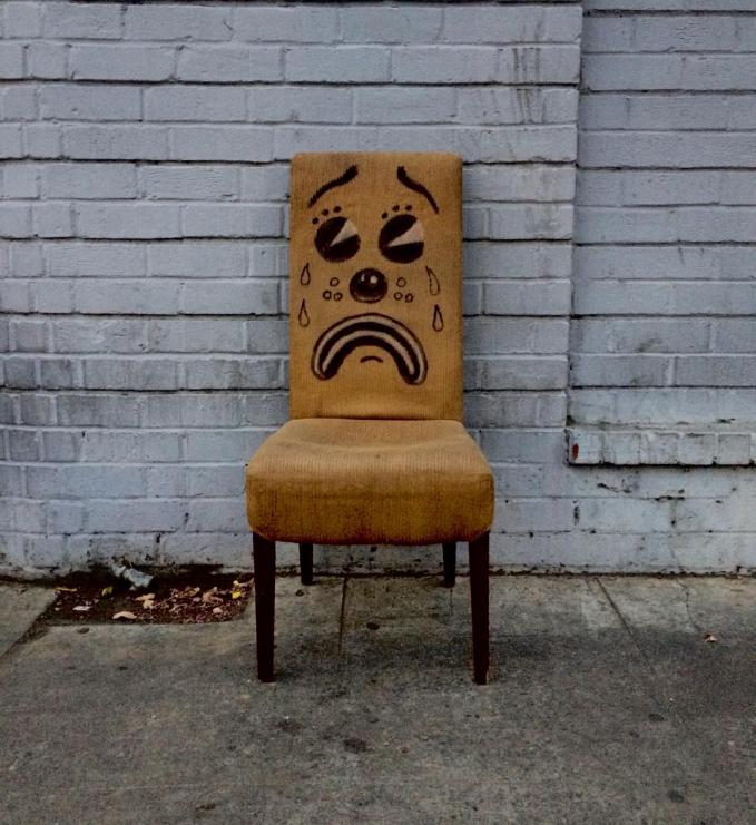 Duh, jadi nggak tega deh buat dudukin kursinya.