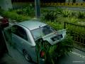 Deretan Mobil Mewah yang Digunakan untuk Mengangkut Rumput dan Hewan, Duh !