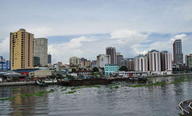 Sungai Pasig, Filipina Banyaknya sampah plastik di Sungai Pasig, Filipina kini menjadi penyebab utama pencemaran laut di Teluk Manila karena banyak warga yang membuang sampah sembarangan.