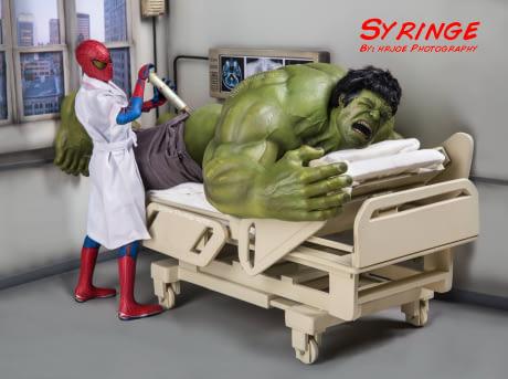 Astaga, badan doang gede. Ternyata Hulk takut sama jarum suntik Pulsker.