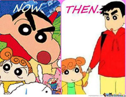 Saat Sinchan masuk SMA, Himawari masuk Sekolah Dasar. Mereka berangkat bersama-sama tuh.