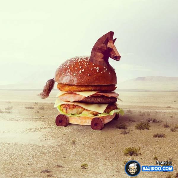 Walaupun ada replika kepala kuda, bukan berarti burgernya rasa kuda lho ya. Gimana Pulsker, jadi makin selera nggak setelah ngeliat burger dengan tampilan yang unik ini?.