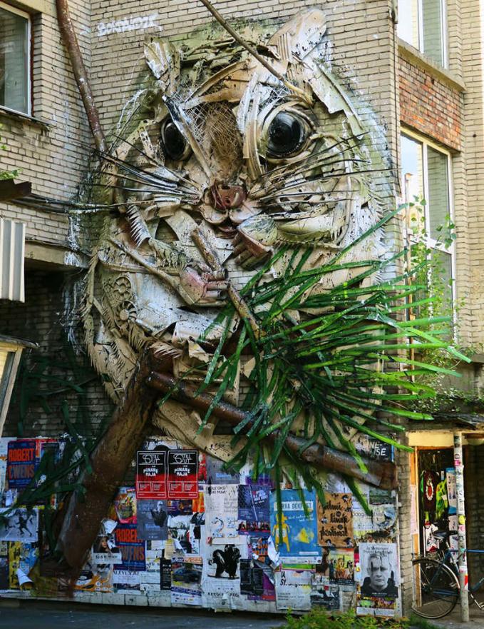 Sudut kota makin keren dan bersih setelah sampahnya dijadikan karya seni.