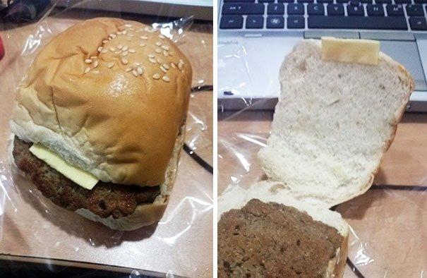 Berharap isinya keju lembaran, apa daya ternyata cuma keju potongan kecil..PHP banget kan burger ini.
