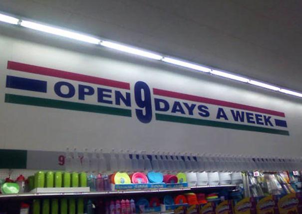 Supermarket di planet Namec, seminggu isinya 9 hari.