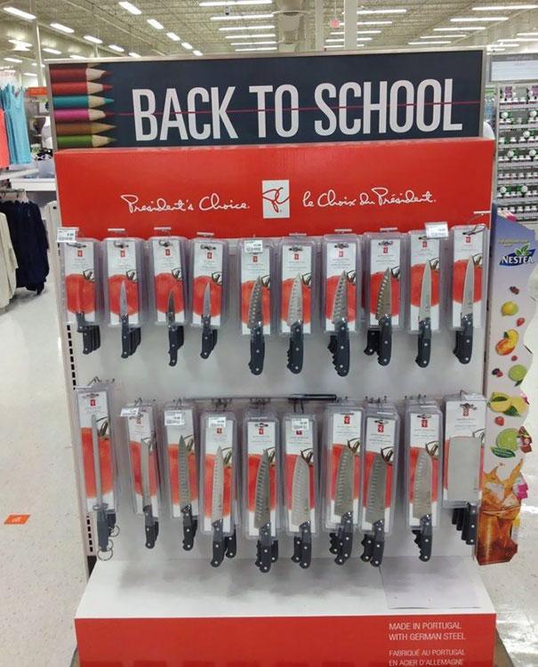 Kembali ke sekolah bawa pisau, bisa-bisa baru sampai gerbang sekolah udah disuruh pulang.