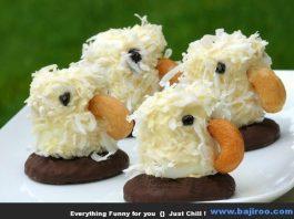 Kue dengan bentuk seperti anak burung ini pasti bikin anak-anak ketagihan. Apalagi dengan rasanya yang manis.