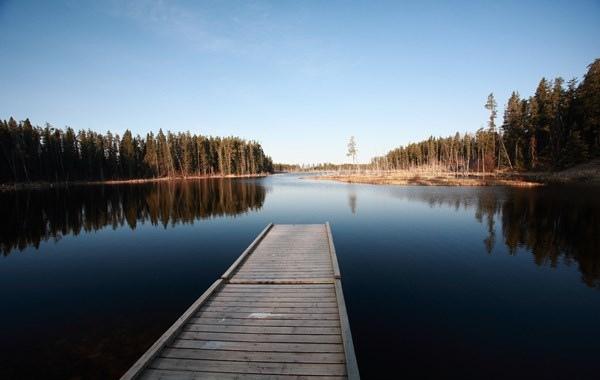 Di Manitoba, Kanada tak ketinggalan pula ada nama danau unik terdiri dari 31 kata ini Pulsker. Artinya pun cukup unik lho sebenarnya 'Tempat dimana ikan trout liar tertangkap dengan kail'.