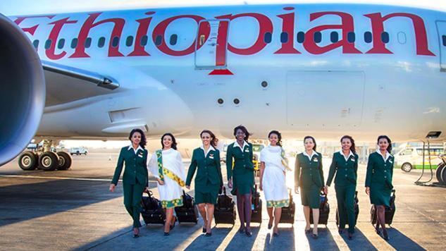 Di benua Afrika, Ethiopia Airlines memiliki penerbangan terpendek yakni hanya 17 menit saja. Rutenya dari Kinshasa, ibukota Republik Demokratik Kongo ke Brazzaville, Kongo. Penerbangan ini juga terbilang istimewa Pulsker, karena satu-satunya pesawat yang dioperasikan secara teratur oleh jet Boeing 787.