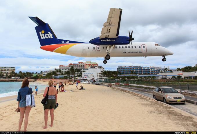 Sementara itu maskapai LIAT yang melayani rute antara St. Kitts dan Nevis. Bayangin gengs penerbangan sejauh 17.4 mil ini dapat ditempuh selama lima menit saja dari take-off sampai landing.
